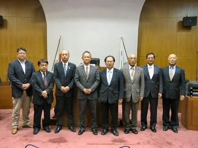 加賀市議会議場
