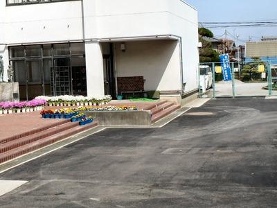 坂田小学校昇降口