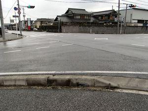 ガードレールがつく前の宇賀野交差点