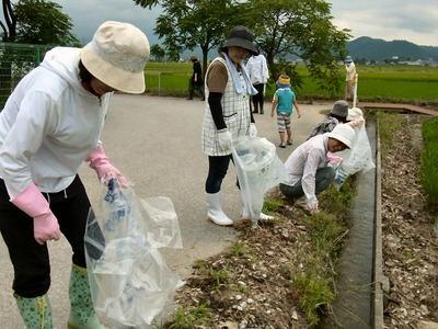 女性の会清掃活動
