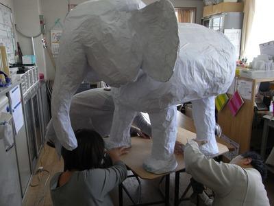 ゾウさんを固定