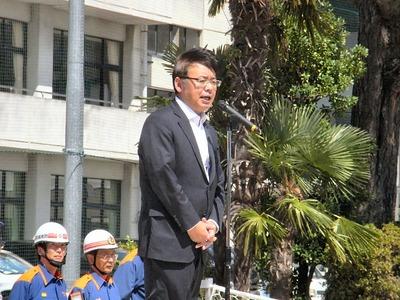 上野賢一郎財務副大臣