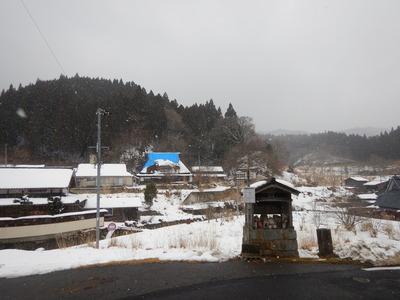 雪降る別所の里