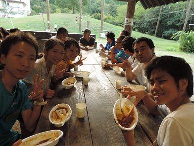 クラフト棟での食事2