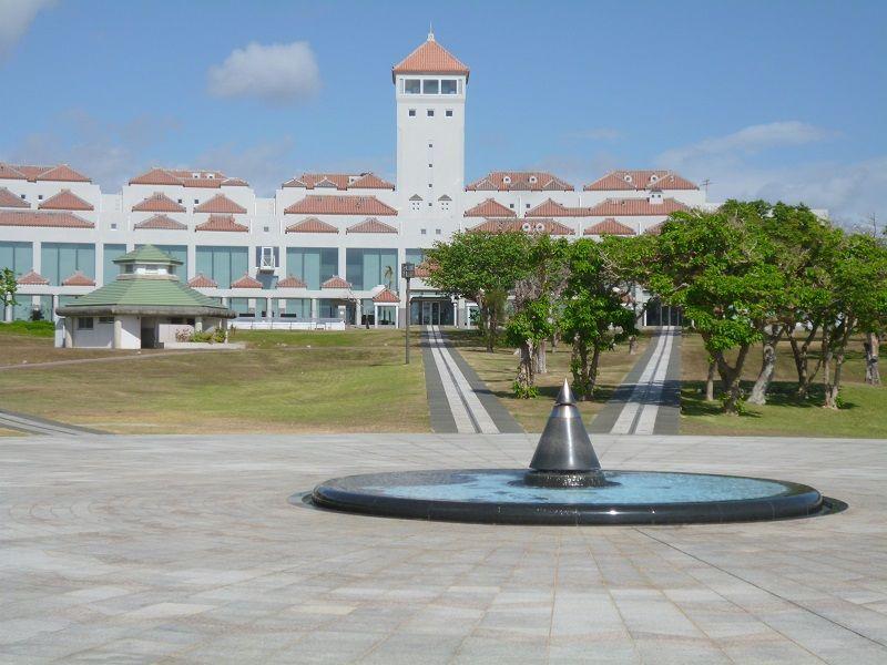 沖縄 祈念館 全体