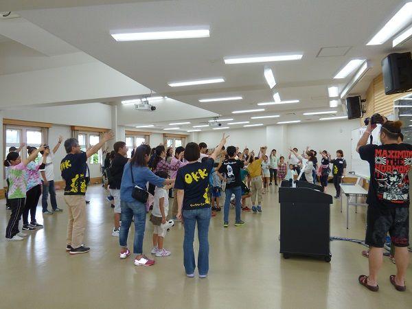 2回沖縄キャンプ 出会いの広場 ジャンケンゲーム