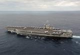 米第7艦隊所属空母ジョージ・ワシントン