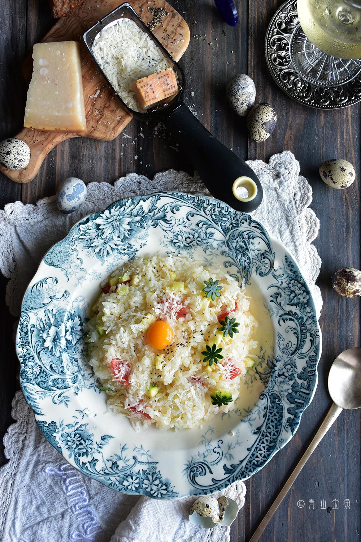 噂の1分チーズリゾット風 作ってみたら超絶美味簡単! : 世界のおかわりごはん 金魚の肴