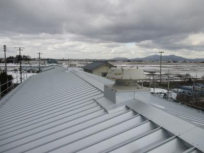 新潟県三条市の屋根外壁塗装リフォーム専門店遠藤組 折板カバーリング
