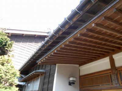 新潟県三条市の屋根外壁塗装リフォーム専門店遠藤組 雨樋105半丸型取り替え