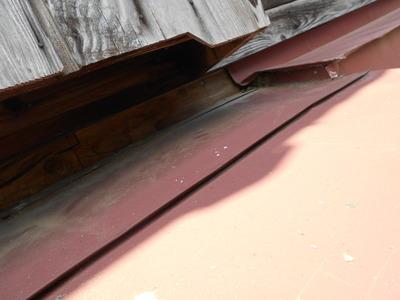 新潟県三条市の屋根外壁塗装リフォーム専門店 遠藤組 霧除け(庇)修理