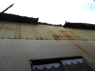 新潟県三条市の屋根外壁塗装リフォーム専門店遠藤組 鉄骨倉庫の各所修繕工事