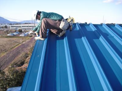 新潟県三条市屋根外壁塗装リフォーム専門店《遠藤組》屋根カバー工事