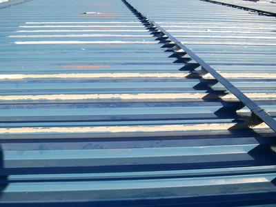 新潟県燕三条の屋根外壁塗装リフォーム専門店《遠藤組》 屋根コーキング処理