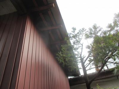 新潟県三条市の屋根外壁塗装リフォーム専門店遠藤組 外壁を角波カラーGLに張り替え