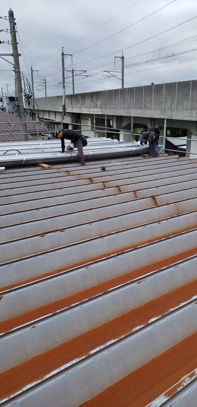 新潟県三条市の屋根外壁雨樋塗装リフォーム専門店「遠藤組」工場折板屋根改修工事