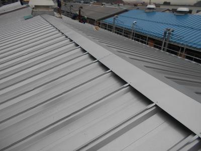 新潟県三条市の屋根・外壁・塗装・リフォーム専門店遠藤組 屋根カバー工事