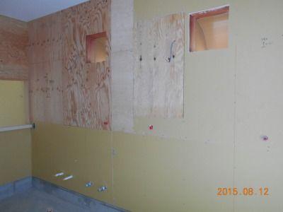 新潟県三条市の屋根外壁塗装リフォーム専門店 遠藤組 厨房レンジフード、壁面ステンレス板張り