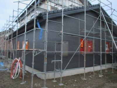 新潟県三条市の屋根外壁塗装リフォーム専門店遠藤組 はる一番斜石柄