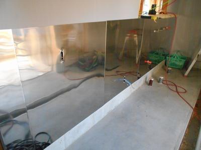 新潟県三条市の屋根外壁塗装リフォーム専門店遠藤組 厨房ステンレス板貼り