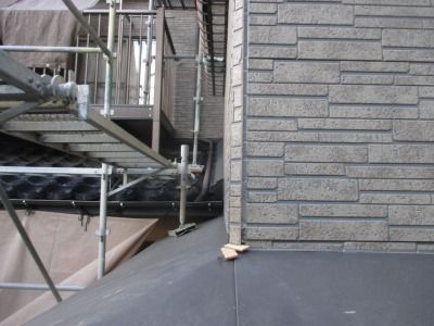 新潟県三条市の屋根外壁塗装リフォーム専門店遠藤組 コーキングの打ち替え