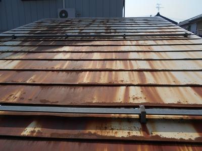 新潟県三条市の屋根外壁塗装リフォーム専門店遠藤組 車庫の屋根の見積もり