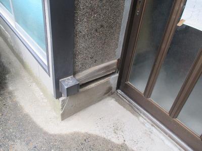 新潟県三条市の屋根外壁塗装リフォーム専門店遠藤組 土台をカラーGL鋼板で包みました。