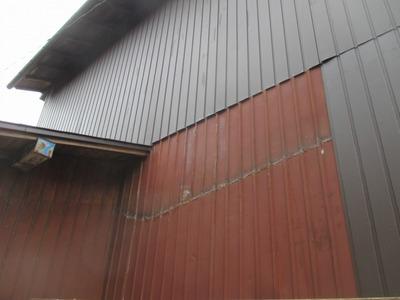 新潟県三条市の屋根外壁塗装リフォーム専門店遠藤組 外壁角波カラーGLの張り替え