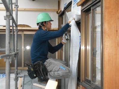 新潟県三条市の屋根外壁塗装リフォーム専門店遠藤組 防水通気シート貼り