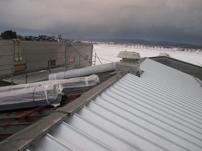 新潟県三条市の屋根外壁塗装リフォーム専門店遠藤組 折板SV-3でカバー工事