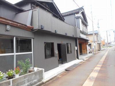 新潟県三条市の屋根外壁塗装リフォーム専門店遠藤組 はる一番、銘木柄