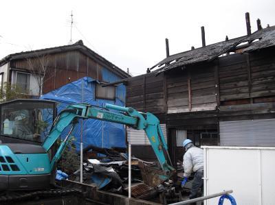 新潟県三条市屋根外壁塗装リフォーム専門店《遠藤組》解体作業の様子
