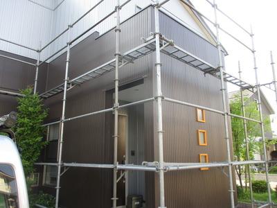 新潟県三条市の建築板金店 窯業系サイディングと金属系サイディング