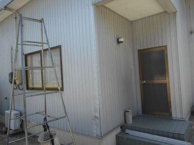 新潟県三条市の屋根外壁塗装リフォーム専門店遠藤組 ガルバ角波の張り替え