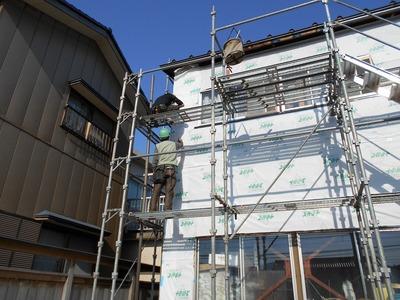 新潟県三条市の屋根外壁塗装リフォーム専門店遠藤組 外壁角波カラーGL0.35貼り