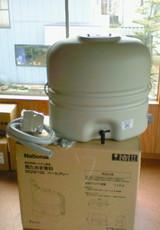 雨水を貯めるタンク