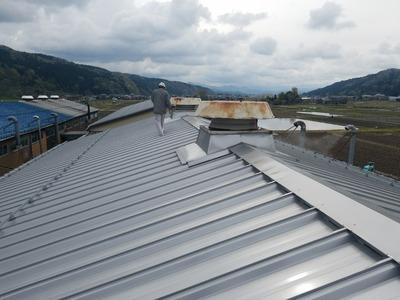 新潟県三条市の 屋根 外壁 塗装 リフォーム専門店 遠藤組 ルーフファン塗装