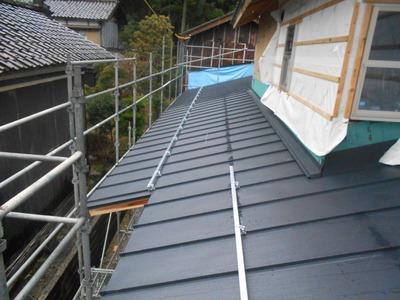 立平ロックカラーGL0.4mm 新潟県燕三条 屋根外壁塗装リフォーム専門店遠藤組