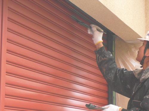 新潟県三条市屋根外壁塗装リフォーム専門店遠藤組 シャッター塗装
