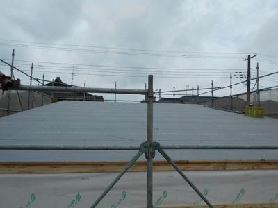 新潟県三条市の屋根外壁塗装リフォーム専門店遠藤組 屋根立平ロックカラーガルバリウム鋼板