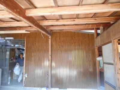 新潟県三条市の屋根外壁塗装リフォーム専門店遠藤組 外壁リブ波木目プリント鋼板