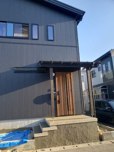 新潟県三条市の屋根外壁塗装専門店「遠藤組」外壁工事完了