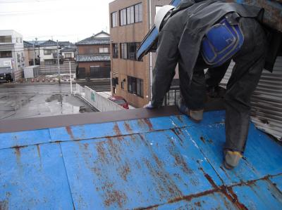 新潟県三条市屋根外壁塗装リフォーム専門店遠藤組 緊急出動・特注軒曲がり