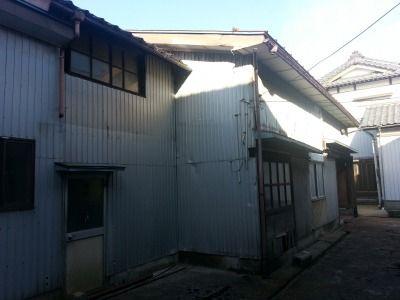 新潟県三条市の屋根外壁塗装リフォーム専門店 遠藤組 倉庫屋根外壁の見積もり