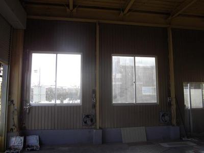 新潟県三条市の屋根外壁リフォーム専門店《遠藤組》 角波カラーガルバリウム鋼板貼り
