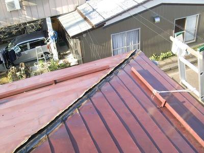 新潟県三条市の雨漏り修理 横葺屋根の雨漏り修理 遠藤板金工業