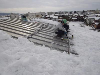 新潟県三条市の屋根外壁塗装リフォーム専門店《遠藤組》雨漏り緊急出動