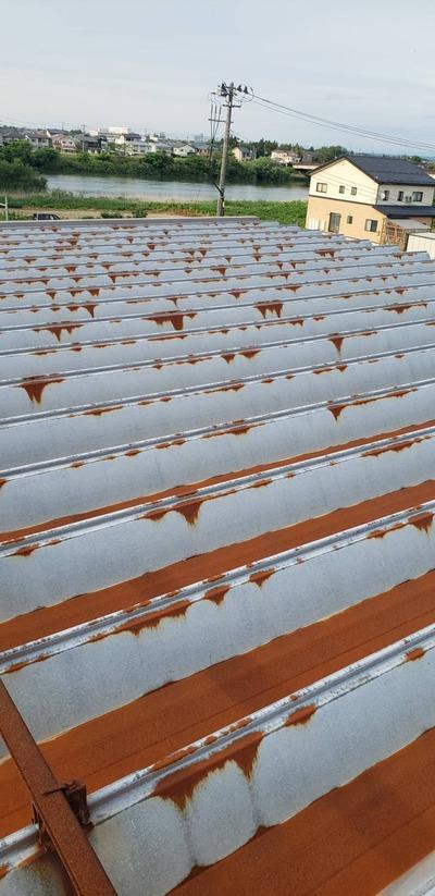 新潟県三条市の屋根外壁雨樋塗装専門店「遠藤板金工業有限会社」折板屋根カバー工事受注致しました。