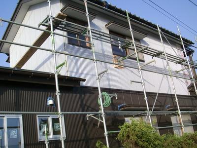 新潟県で外壁工事 ガルスパンに張り替え