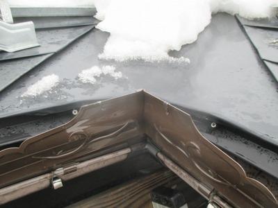 新潟県三条市の屋根雪止工事 遠藤板金工業